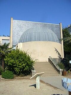 Planetarium of Nantes French planetarium