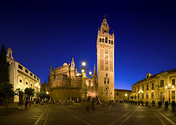 Plaza Virgen de los Reyes, cathedral, and Giralda.