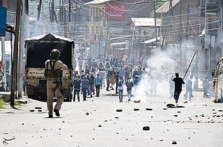 Crowd control in Jammu and Kashmir