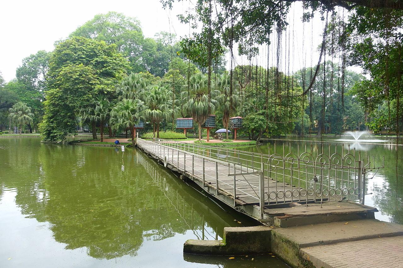 file pond hanoi botanical garden hanoi vietnam
