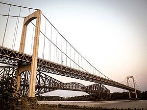 Pierre Laporte Bridge - Image: Pont pierre laporte full