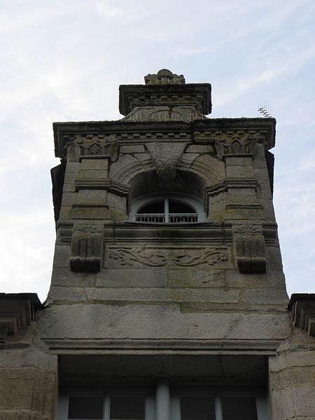 Maison sise 10 rue du Pont à Pontivy (56). Lucarne droite.
