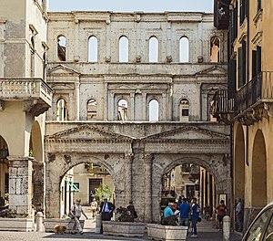 Battle of Verona (312) - The Porta Borsari, an extant feature of the Roman defences of Verona