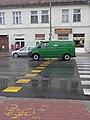 Postás autó, Spiegel Ignác- és Rosenthal Ignác-ház, 2019 Kapuvár.jpg