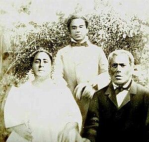 Vuna Takitakimālohi - Prince Vuna and his parents