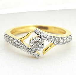 b8ffb6f093e0 Pre-engagement ring - Wikipedia