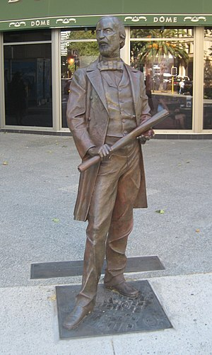 John Septimus Roe - Statue of Roe, at the corner of Victoria Avenue and Adelaide Terrace, Perth
