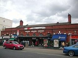 Putney Station 01.JPG