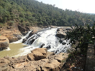 Putudi Waterfall.JPG