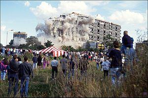 Hutchesontown C - Demolition of 16-32 Queen Elizabeth Square