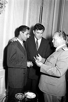 Rajko Mitić and Tito, photo by Stevan Kragujević, 1960.jpg