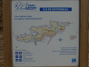 Ratonneau - Display board on Ratonneau.