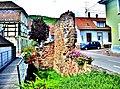 Restes de la porte est de la ville de Châtenois.jpg