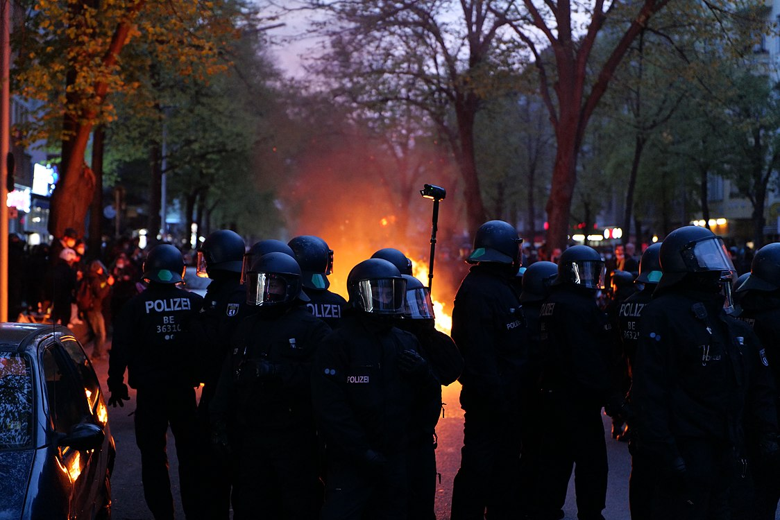 Revolutionary 1st may demonstration Berlin 2021 153.jpg