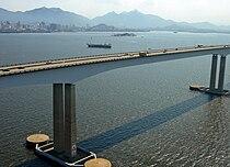 Rio de Janeiro Ponte Niteroi Aerea 104 Feb 2006.JPG