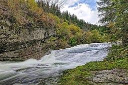 Rochejean, cascades dans les gorges du Fourperet