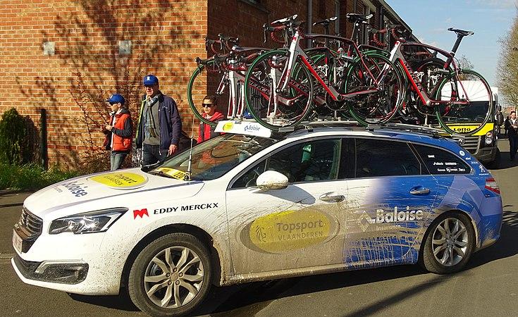 Roubaix - Paris-Roubaix, 12 avril 2015, arrivée (C53).JPG