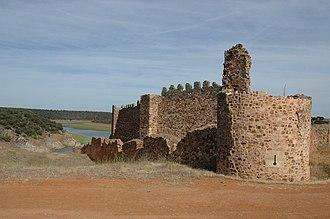 Ponce Giraldo de Cabrera - Ruins of the castle of Castrotorafe