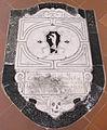 S. croce, tomba sul pavimento 18 altoviti.JPG