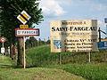 Saint-Fargeau-FR-89-panneaux-07.jpg