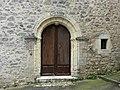 Saint-Martial-de-Valette bourg porte.jpg