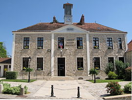 The town hall in Saint-Maurice-Montcouronne