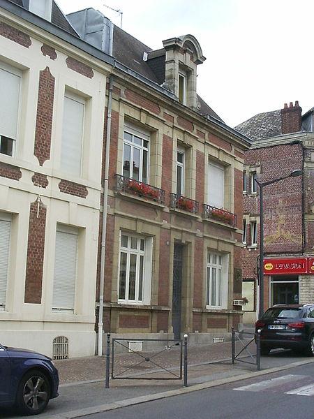 Saint Quentin, gebouw op de plaats van het geboortehuis van Charles Rogier, zie http://p.stquvermpicard.free.fr/charlesrogier.htm
