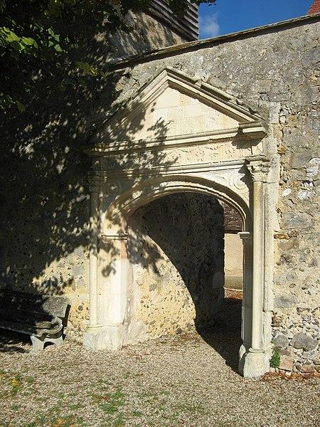 Saligny (Yonne): porche de l'église