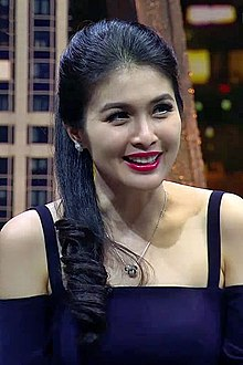 Sandra Dewi on Waktu Indonesia Bercanda Netmediatama.jpg