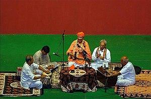 Harikatha - Bhadragiri Achyuta Das performing Harikathe in Kannada.