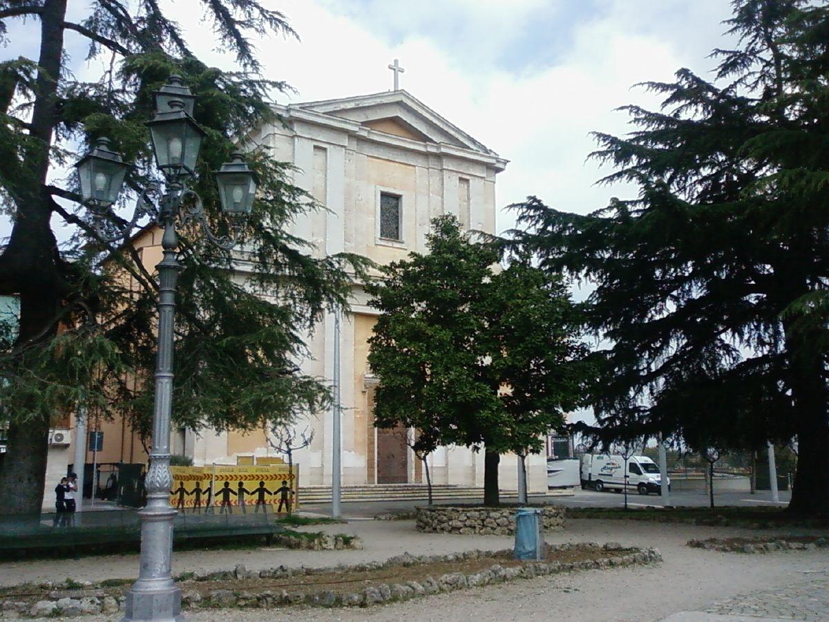 Chiesa di santa maria assunta in cielo cisterna di latina for Architetto latina