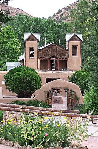 El Santuario de Chimayo - Image: Santuario Chimayo