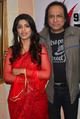 Sayantani Ghosh with Suresh Sharma.png