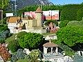 Schloss Lucens und Tellskapelle.jpg