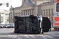 Schwerer Verkehrsunfall am Neuen Rathaus (3491411927).jpg