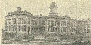 Denny Regrade, Seattle - Image: Seattle Denny School 1900
