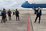 Secretary Kerry Departs From Le Bourget Airport in Paris (28672346525).jpg