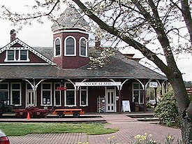 Snoqualmie Depot April 05.JPG