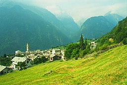 Soglio Switzerland - panoramio.jpg