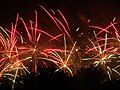 Spectacle pyrotechnique à Royan - panoramio.jpg
