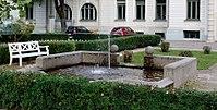 Springbrunnen Leopoldstr4 München.jpg