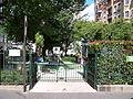 Square Robert-Montagne.JPG