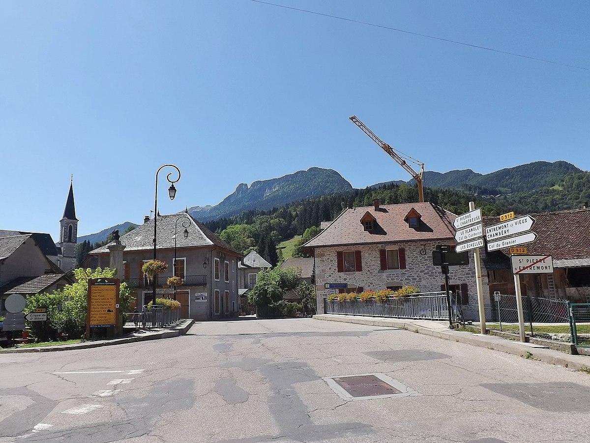 Saint pierre d 39 entremont wikip dia - Piscine pont st pierre 27 ...