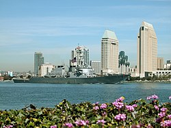 Coronado na USS Decatur