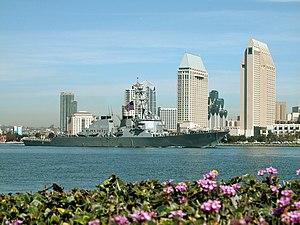 Decatur entering San Diego Harbor, 9 March 2004.