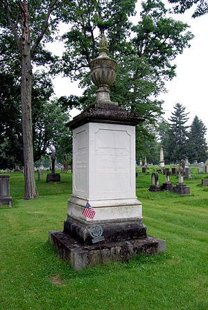 Stephen Van Rensselaer - Van Rensselaer's gravesite in Albany Rural Cemetery