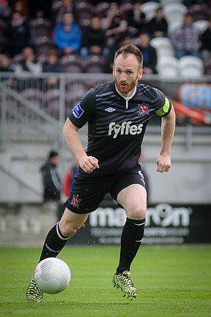 Stephen O'Donnell (Irish footballer) - Stephen O'Donnell in action for Dundalk in the 2015 League of Ireland