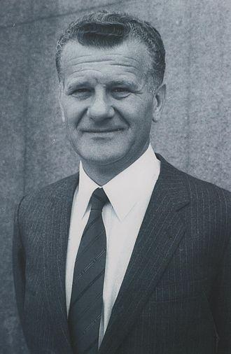 President of the Presidency of SR Serbia - Image: Stevan Kragujevic, Ivan Stambolic, maj 1986
