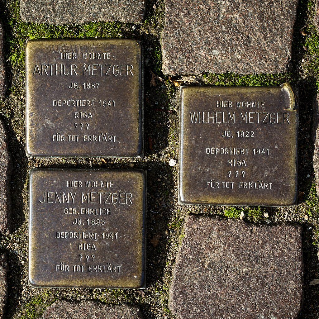 Stolperstein Arthur Jenny Wilhelm Metzger Hauptstr 36 89522 Heidenheim 2.jpg