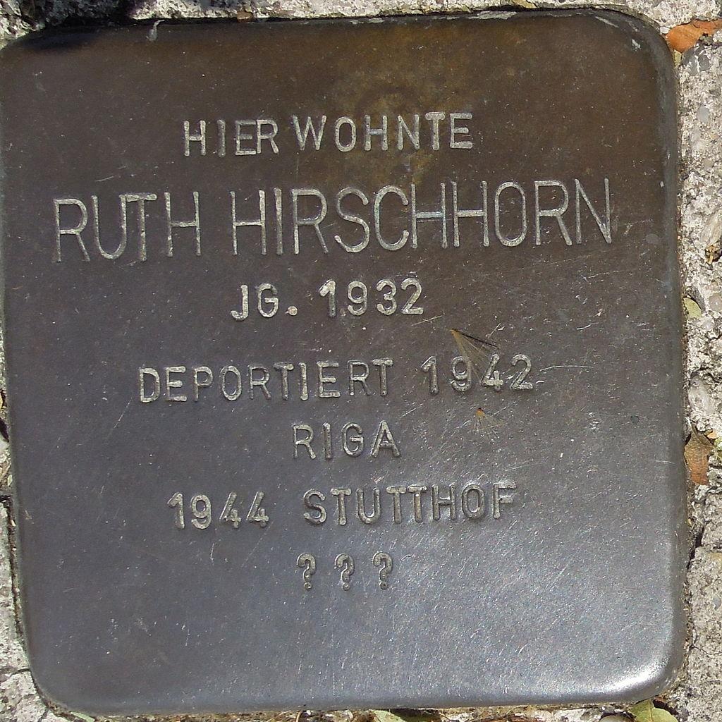 Stolperstein Gelsenkirchen Bismarkstraße 152 Ruth Hirschhorn.JPG